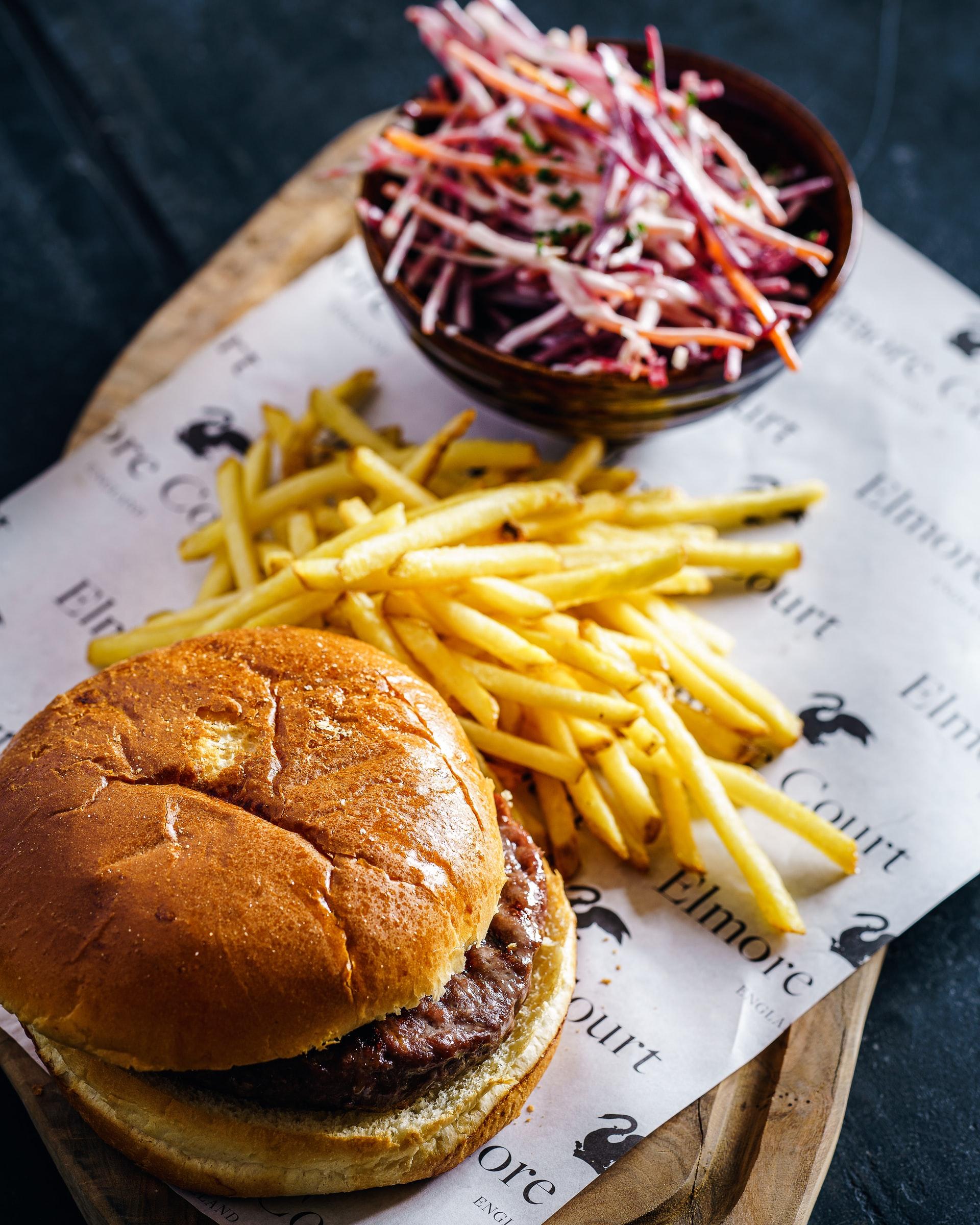 Burger & slaw